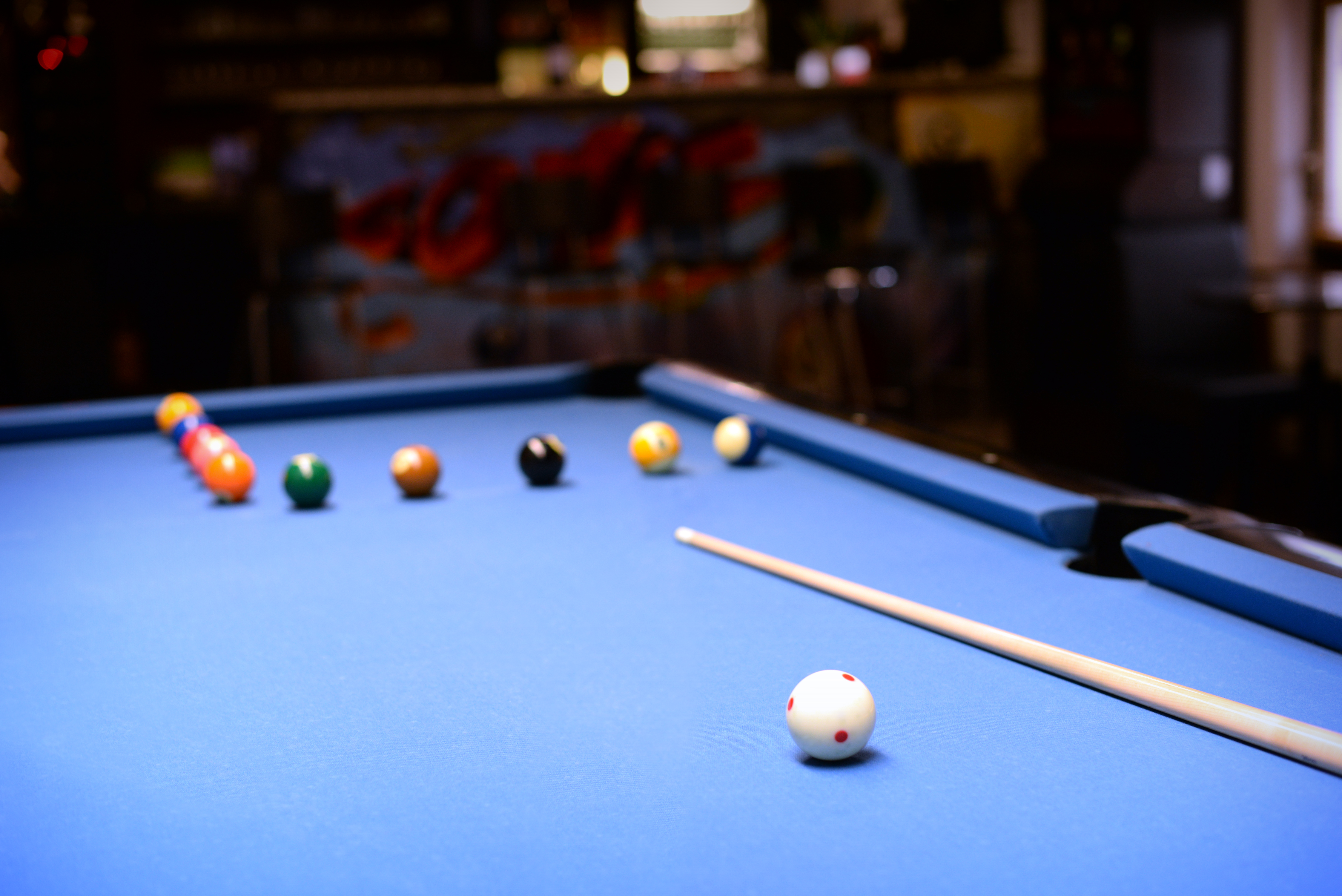 Licensed billiards coach by the EPBF.